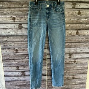 American Eagle Next Level Stretch Skinny Jeans 4 Reg